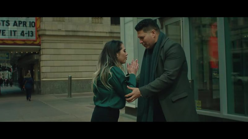 """Green Blouse Worn by Model in """"TU POSTURA"""" by BANDA MS Music Video - Youtube Outfits and Products"""