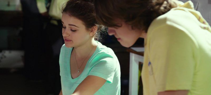 Green T-Shirt Worn by Joey King in The Kissing Booth Movie - Female Fashion