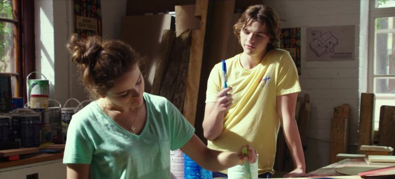 Fashion Trends 2021: Green T-Shirt Worn by Joey King in The Kissing Booth