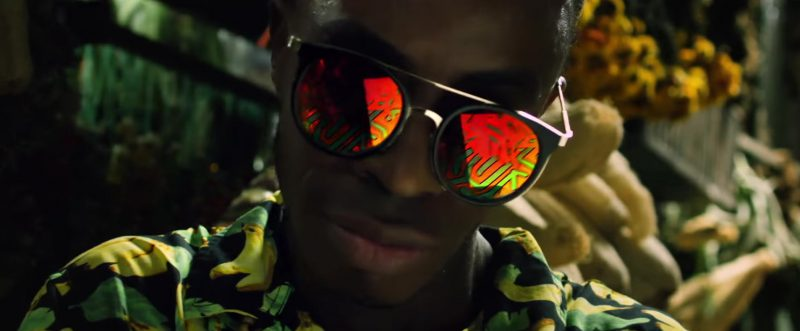 Mirrored Sunglasses in Mi Gente by J Balvin, Willy William (Official Music Video)