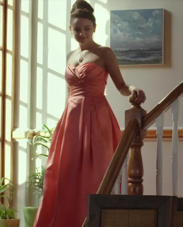Prom Dress Worn by Joey King in The Kissing Booth Movie