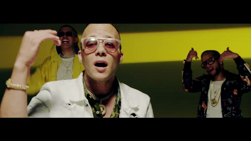 White Jacket and Sunglasses in Te Bote Remix by Casper, Nio García, Darell, Nicky Jam, Bad Bunny, Ozuna Music Video