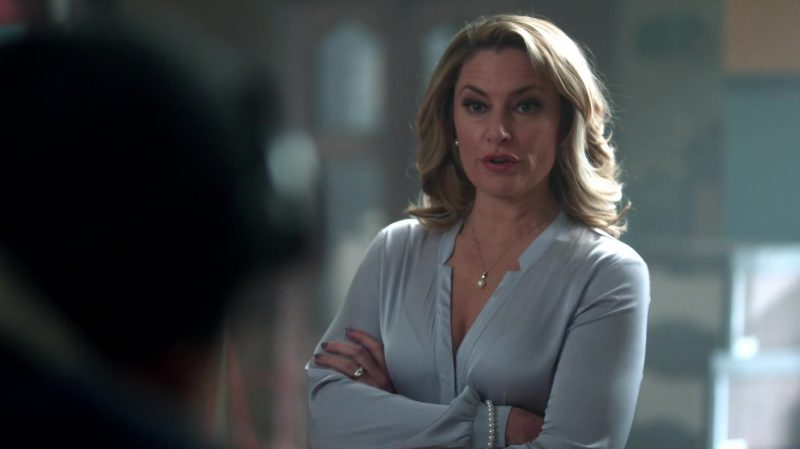 """Blouse Worn by Mädchen Amick in """"Riverdale"""" TV Show"""
