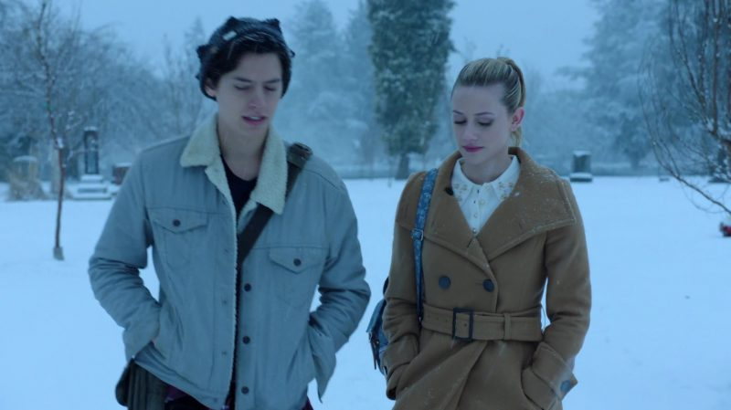"""Camel Coat Worn by Lili Reinhart in """"Riverdale"""" - TV Show Outfits and Products"""