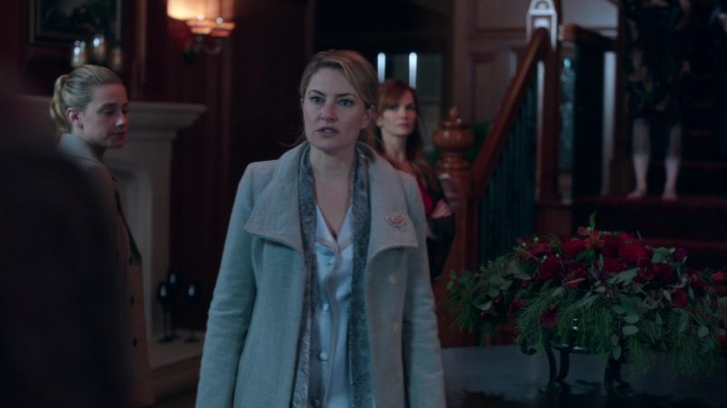 """Coat Worn by Mädchen Amick in """"Riverdale"""" TV Show"""