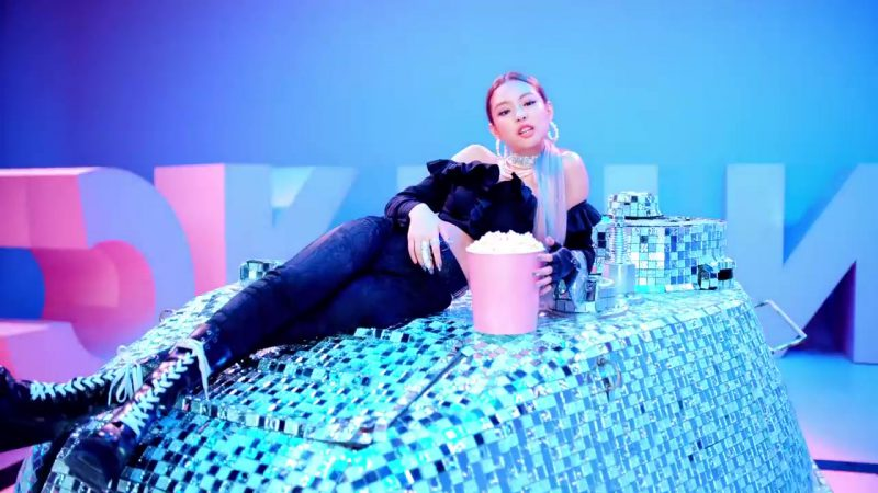 """Crop Top and Pants in """"DDU-DU DDU-DU"""" K-Pop Music Video by BlackPink - Youtube Outfits and Products"""