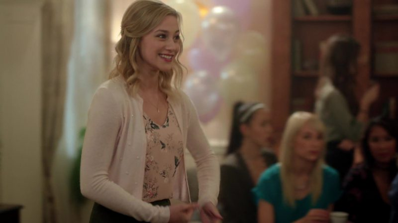 """Fashion Trends 2021: Floral Blouse, Cropped Cardigan and Green Skirt Worn by Lili Reinhart in """"Riverdale"""""""