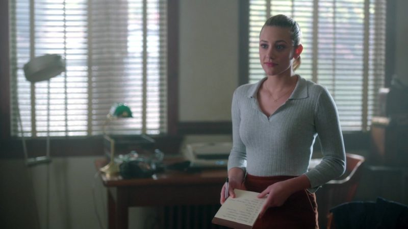 """Fashion Trends 2021: Grey Top and Brown Skirt Worn by Lili Reinhart in """"Riverdale"""""""