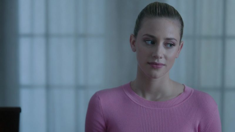 """Fashion Trends 2021: Knit Pink Sweater Worn by Lili Reinhart in """"Riverdale"""""""