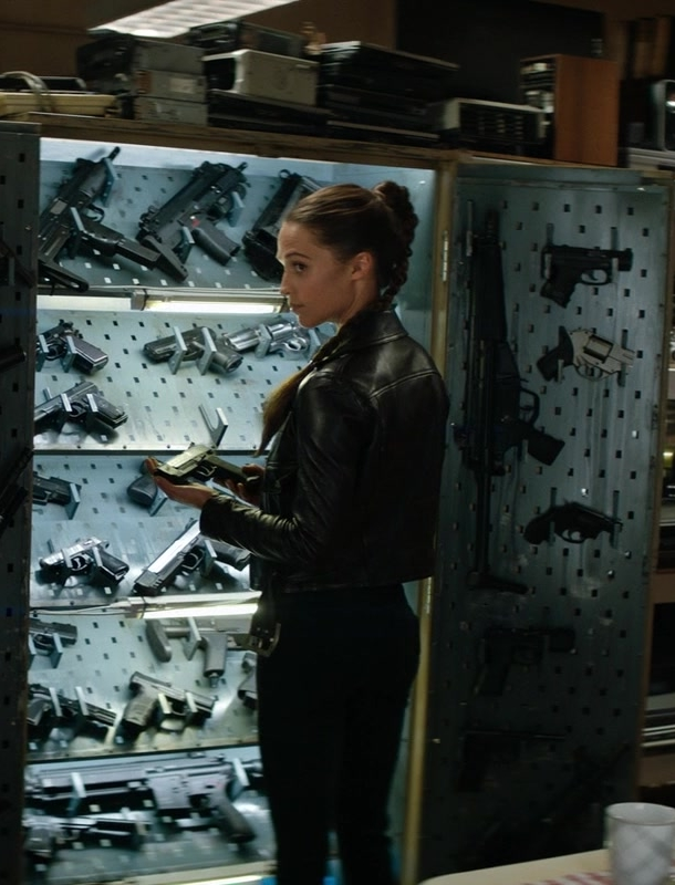 Leather Biker Jacket Worn by Alicia Vikander (Lara Croft) in Tomb Raider Movie - Female Fashion
