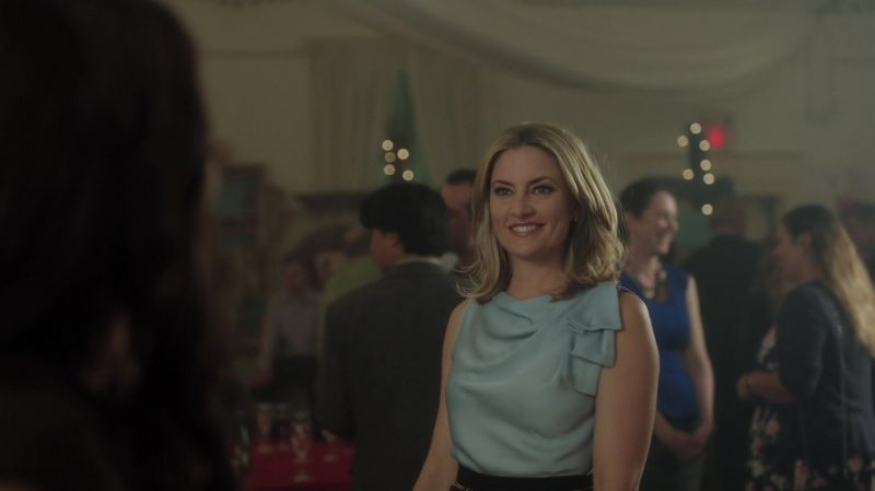 """Ruffle Blouse Worn by Mädchen Amick in """"Riverdale"""" - TV Show Outfits and Products"""