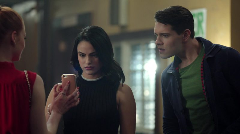 """Fashion Trends 2021: Sleeveless Sweater With White Collar and Patterned Skirt Worn by Camila Mendes in """"Riverdale"""""""