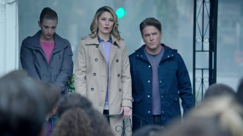"""Trench Coat Worn by Mädchen Amick in """"Riverdale"""" TV Show"""
