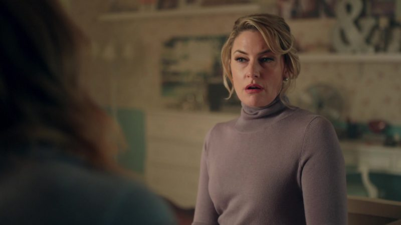 """Turtleneck Sweater Worn by Mädchen Amick in """"Riverdale"""" TV Show - Female Celebrity Style"""