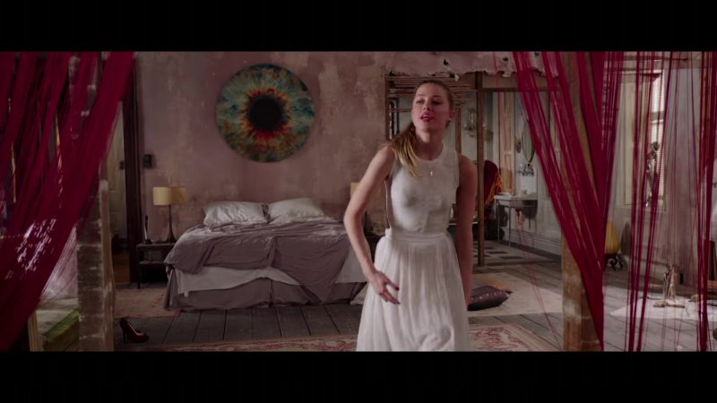 """White Dress Worn by Amber Heard in """"London Fields"""" - Movie Outfits and Products"""