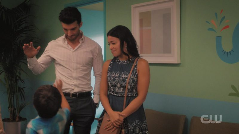 Short Dress Worn by Gina Alexis Rodriguez (Jane Gloriana Villanueva) in Jane the Virgin TV Show (Season 5, Episode 10) - Female Fashion Outfits and Products