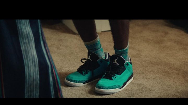 AIR JORDAN 3 IN DOPE - Movie Outfits and Products