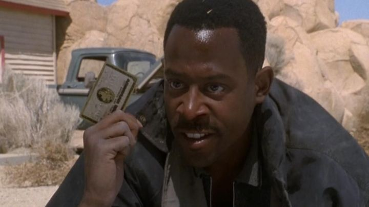 American Express Credit Card used by Martin Lawrence in Nothing To Lose movie