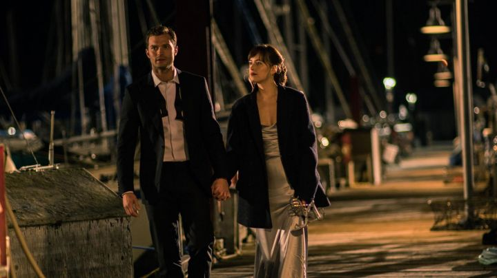 Anastasia Steele (Dakota Johnson) Rene Caovilla sandals in Fifty Shades Darker - Movie Outfits and Products