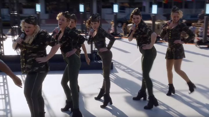 Ankle boots Report Signature of the Bellas during their performance in front of the army in Pitch Perfect 3 - Movie Outfits and Products