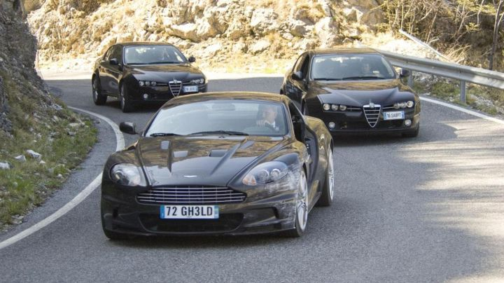 Aston Martin DBS V12 driven by James Bond (Daniel Craig) as seen in Quantum of Solace - Movie Outfits and Products