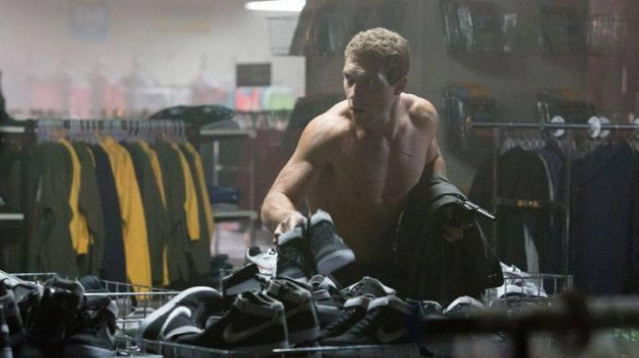 Fashion Trends 2021: Authentic Nike Vandal of Jai Courtney (Kyle Reese) in Terminator Genisys