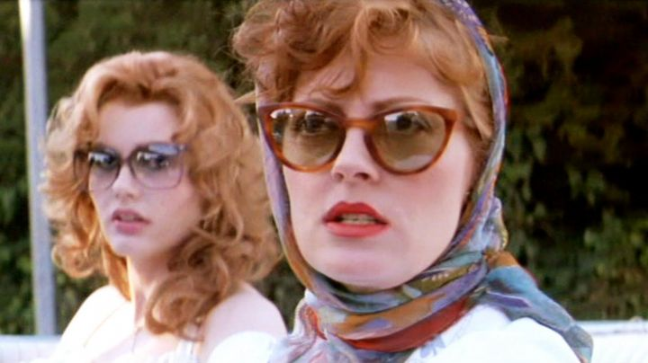 Authentic sunglasses Ray-Ban Cat Eye of Louise Sawyer (Susan Sarandon) in Thelma and Louise - Movie Outfits and Products