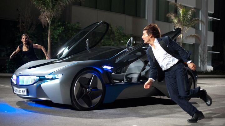 BMW i8 driven by Ethan Hunt (Tom Cruise) as seen in Mission: Impossible - Ghost Protocol - Movie Outfits and Products