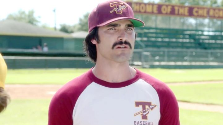 Baseball cap of Glen Mc Reynolds (Tyler Hoechlin) in Everybody Wants Some - Movie Outfits and Products