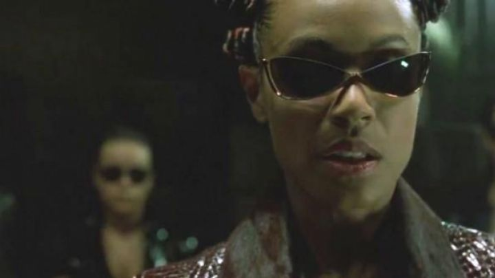 Blinde 4007 sunglasses worn by Niobe in The Matrix Reloaded
