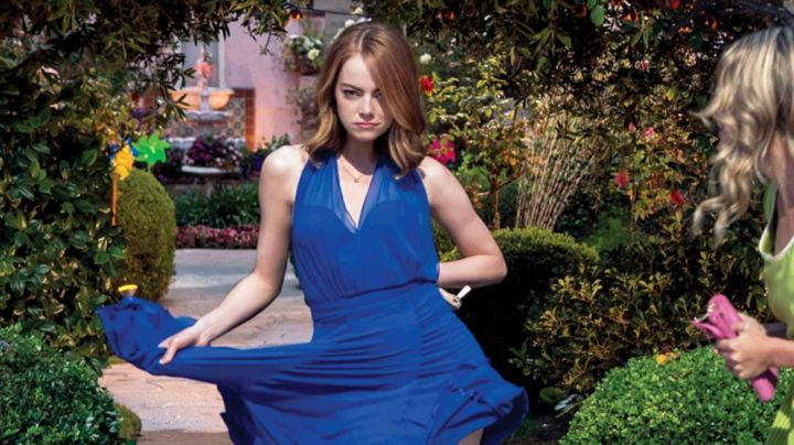 Blue dress from Mia (Emma Stone) in the THE LAND movie