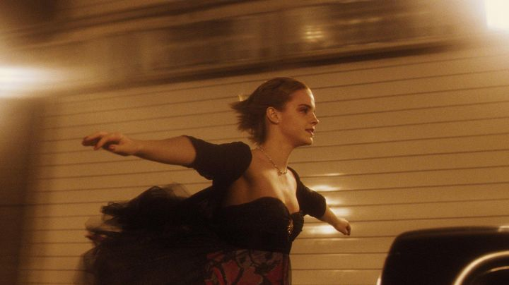 Bolero black Sam (Emma Watson) in The World of Charlie - Movie Outfits and Products