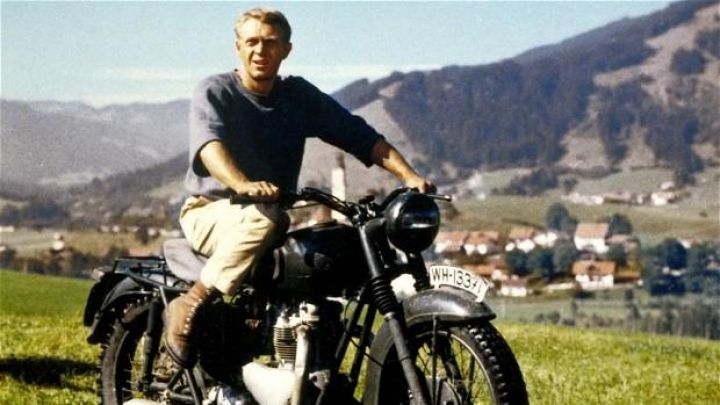 Boots american chestnuts out of the Captain Virgil Hilts (Steve McQueen) in The Great Escape Movie