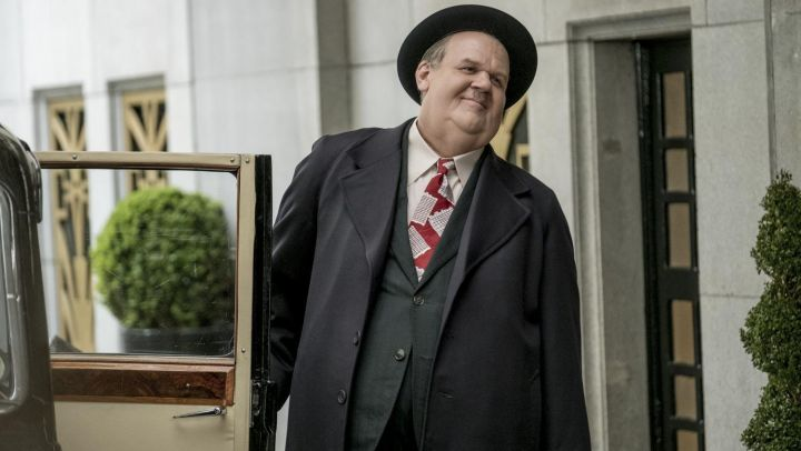 Building Red Tie worn by Oliver Hardy (John C. Reilly) as seen in Stan & Ollie Movie