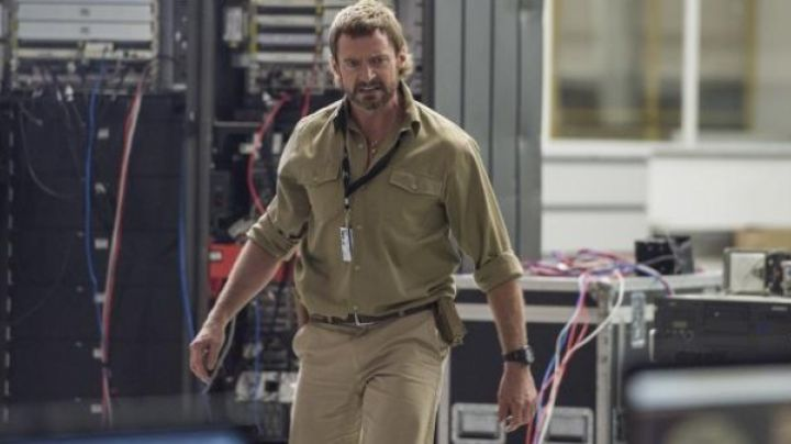 Casio Protrek PRG550 1A1 Watch worn by Hugh Jackman in Chappie - Movie Outfits and Products