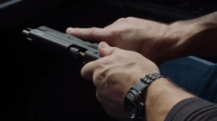 Casio W87H-1V Sports Wrist Watch worn by Jack Reacher (Tom Cruise) in Jack Reacher Never Go Back - Movie Outfits and Products