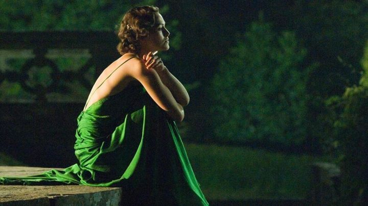 Fashion Trends 2021: Chanel green dress worn by Cecilia Tallis (Keira Knightley) as seen in Atonement