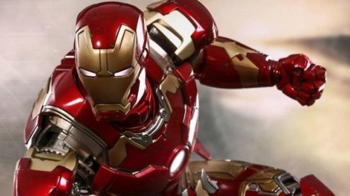 Fashion Trends 2021: Costume of Iron Man in Avengers : Age of Ultron
