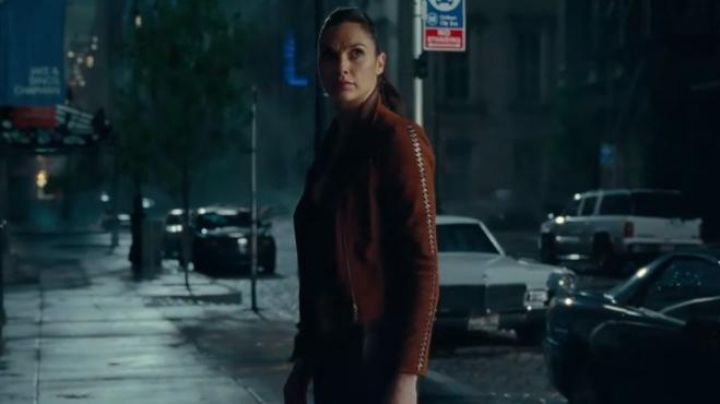 Diana Prince / Wonder Woman (Gal Gadot) Suede Jacket as seen in Justice League