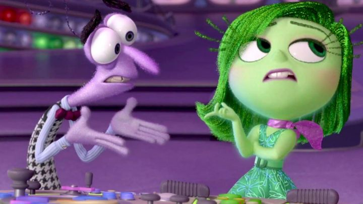 Disgust's green glitter wig as seen in Inside Out - Movie Outfits and Products