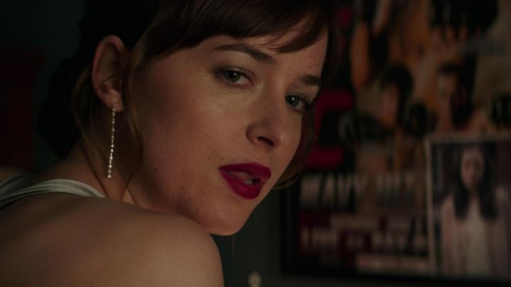 Earrings Cartier Anastasia Steele (Dakota Johnson) in Fifty shades darker movie
