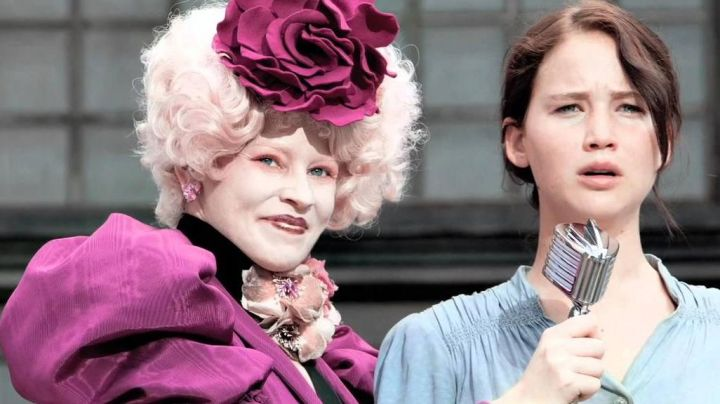 Effie Trinket's (Elizabeth Banks) dyed wig in Hunger Games - Movie Outfits and Products