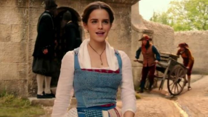 Emma Watson in her apron dress in beauty and The Beast version doll - Movie Outfits and Products