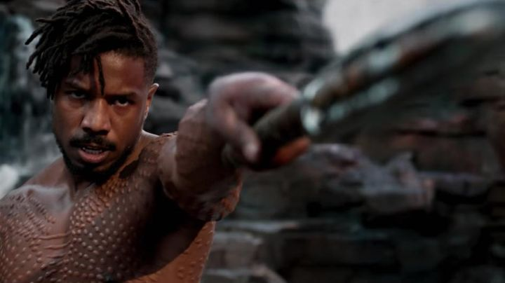 Erik Killmonger's (Michael B. Jordan) spear and sword as seen in Black Panther - Movie Outfits and Products