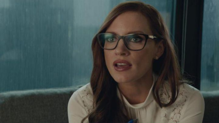 Eyeglasses Prada of Molly Bloom (Jessica Chastain) in The great game movie