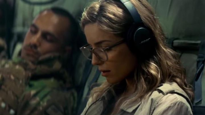 Eyelasses worn by Jenny Halsey (Annabelle Wallis) in The Mummy - Movie Outfits and Products