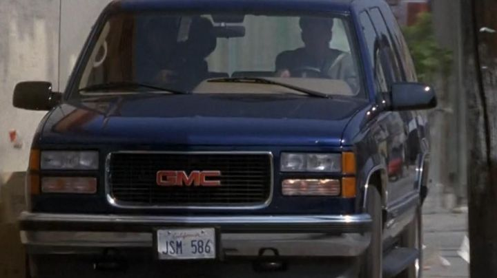 GMC Yukon as seen on Nothing to Lose movie