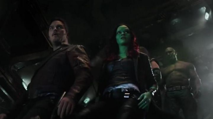 Gamora's (Zoe Saldana) purple wig in Avengers: Infinity War - Movie Outfits and Products
