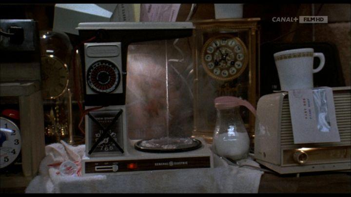 General Electric Vintage Coffee Maker of Dr. Emmett Brown (Christopher Lloyd) in Back to the Future Movie