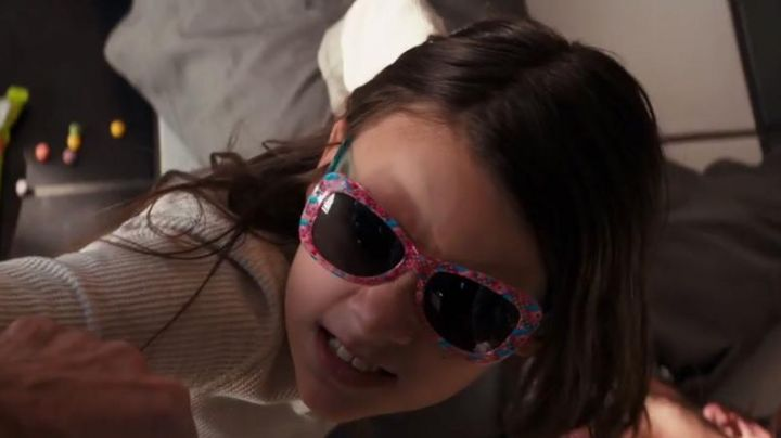 Glasses Shopkins Laura Kinney / X-23 (Dafne Keen) in Logan - Movie Outfits and Products